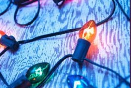 Holiday Lighting Safety Guide for Your Customers