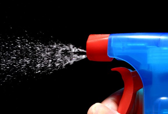 Study Finds Use of Cleaning Chemicals as Damaging to Lungs as Smoking